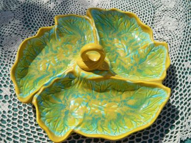 High Quality Vintage California Pottery Relish Tray Vegetable Serving Tray Fern Pattern